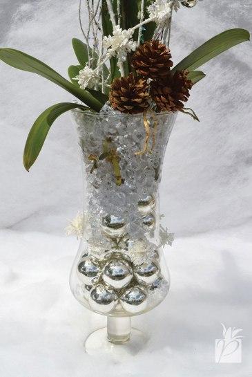 Millimeter Christmas Balls in Clear Glass Vase