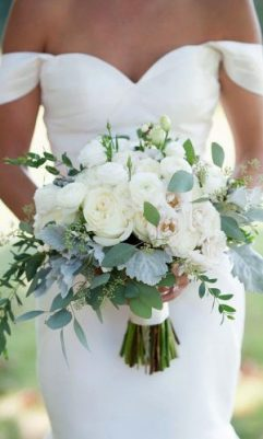 gorgeous-summer-wedding-bouquets-iris-photography-jane-shauck-4-1-300x500